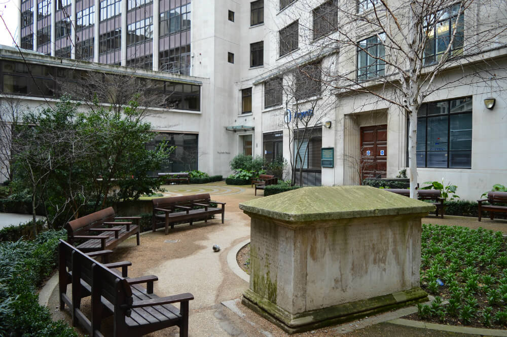 Fen Court Garden, City of London
